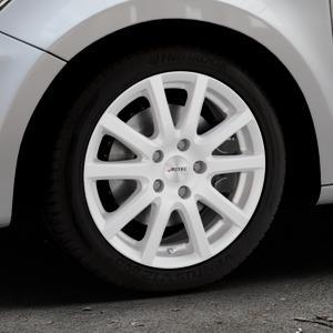 AUTEC Skandic ECE Brillantsilber lackiert Felge mit Reifen in 16Zoll Winterfelge Alufelge auf silbernem Audi A1 Typ 8X ⬇️ mit 15mm Tieferlegung ⬇️ Industriehalle 1 Thumbnail