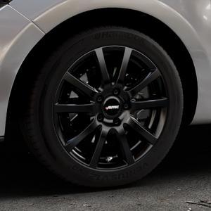 AUTEC Skandic Schwarz matt Felge mit Reifen in 16Zoll Winterfelge Alufelge auf silbernem Renault Clio IV Typ R ⬇️ mit 15mm Tieferlegung ⬇️ Industriehalle 1 Thumbnail