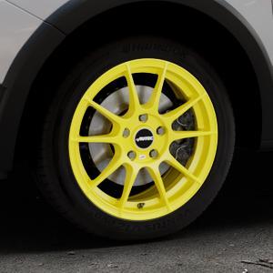 AUTEC Wizard Atomic Yellow Felge mit Reifen gelb in 16Zoll Winterfelge Alufelge auf silbernem Dacia Sandero Stepway II Typ SD ⬇️ mit 15mm Tieferlegung ⬇️ Industriehalle 1 Thumbnail