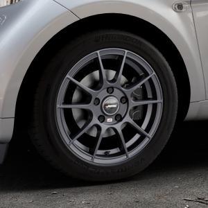 AUTEC Wizard Gunmetal matt Felge mit Reifen grau in 15Zoll Winterfelge Alufelge auf silbernem Smart Fortwo Coupe III (14-) (453) Cabrio (16-) ⬇️ mit 15mm Tieferlegung ⬇️ Industriehalle 1 Thumbnail