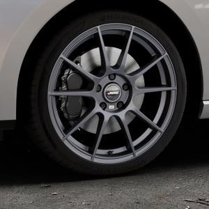AUTEC Wizard Gunmetal matt Felge mit Reifen grau in 18Zoll Winterfelge Alufelge auf silbernem Seat Leon Typ 5F ST Facelift ⬇️ mit 15mm Tieferlegung ⬇️ Industriehalle 1 Thumbnail
