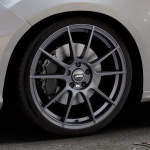 AUTEC Wizard Gunmetal matt Felge mit Reifen grau in 19Zoll Winterfelge Alufelge auf silbernem Ford Focus III Typ DYB Facelift (Schrägheck) 2,3l EcoBoost 257kW RS (349 PS) ⬇️ mit 15mm Tieferlegung ⬇️ Industriehalle 1 Thumbnail