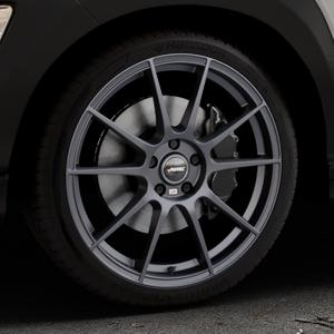 AUTEC Wizard Gunmetal matt Felge mit Reifen grau in 19Zoll Winterfelge Alufelge auf silbernem Hyundai Kona Typ OS ⬇️ mit 15mm Tieferlegung ⬇️ Industriehalle 1 Thumbnail