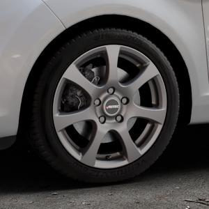 AUTEC Zenit Anthrazit matt lackiert Felge mit Reifen grau in 16Zoll Winterfelge Alufelge auf silbernem Ford Fiesta VI Typ JA8 Facelift ⬇️ mit 15mm Tieferlegung ⬇️ Industriehalle 1 Thumbnail