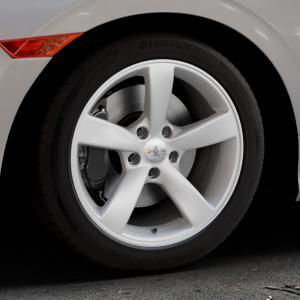 AVUS Racing AF10 HYPER SILVER Felge mit Reifen silber in 17Zoll Winterfelge Alufelge auf silbernem Honda Civic 10 Schrägheck (FC) ⬇️ mit 15mm Tieferlegung ⬇️ Industriehalle 1 Thumbnail