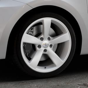 AVUS Racing AF10 HYPER SILVER Felge mit Reifen silber in 17Zoll Winterfelge Alufelge auf silbernem Suzuki Swift VI Typ AZ ⬇️ mit 15mm Tieferlegung ⬇️ Industriehalle 1 Thumbnail