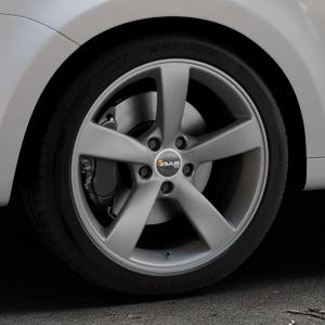 AVUS Racing AF10 MATT ANTHRACITE Felge mit Reifen grau anthrazit in 18Zoll Winterfelge Alufelge auf silbernem Volkswagen (VW) Sharan III Typ 7N (15->) ⬇️ mit 15mm Tieferlegung ⬇️ Industriehalle 1 Thumbnail