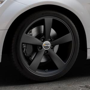 AVUS Racing AF10 MATT BLACK Felge mit Reifen schwarz in 18Zoll Winterfelge Alufelge auf silbernem Mercedes C-Klasse Typ W204 Limousine ⬇️ mit 15mm Tieferlegung ⬇️ Industriehalle 1 Thumbnail