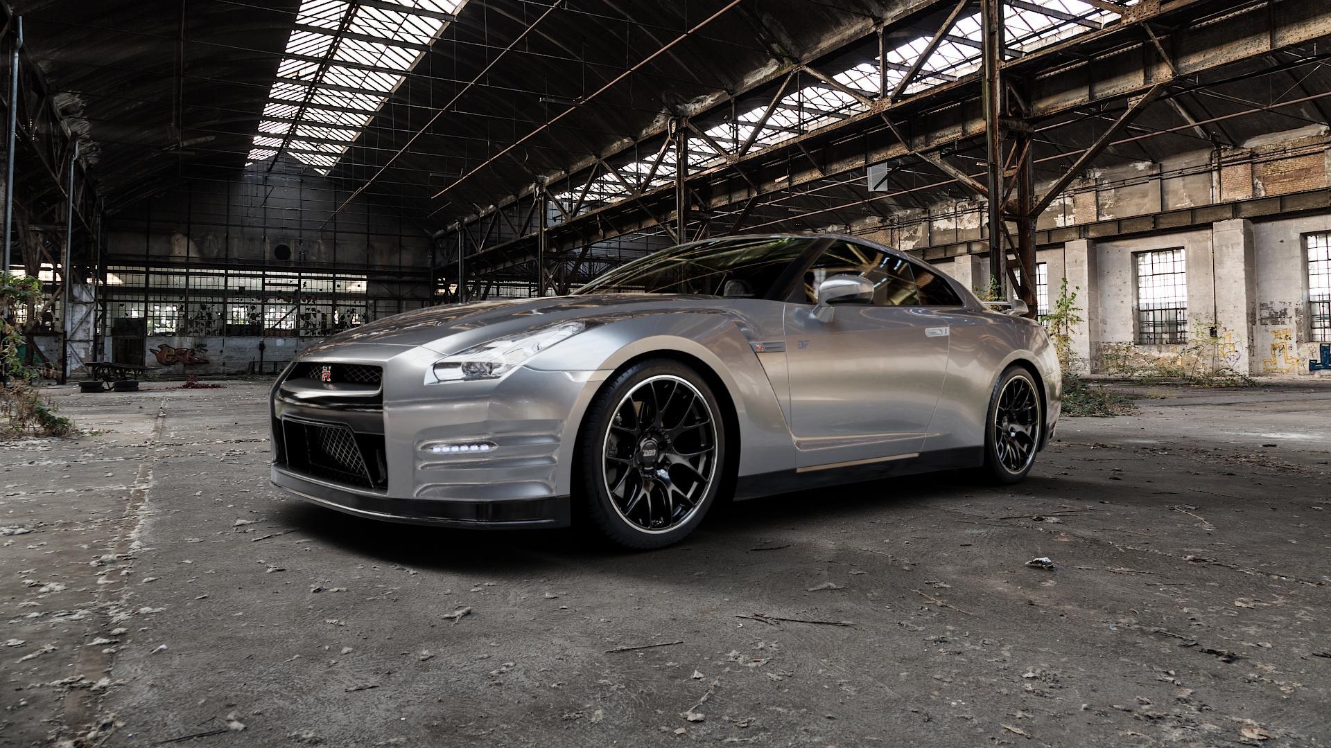 BBS CH-R schwarz matt Felge mit Reifen in 20Zoll Winterfelge Alufelge auf silbernem Nissan GT-R ⬇️ mit 15mm Tieferlegung ⬇️ Industriehalle 1 Camera_000