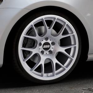 BBS CH-R titan matt Felge mit Reifen grau in 19Zoll Winterfelge Alufelge auf silbernem Volkswagen (VW) Golf 7 ⬇️ mit 15mm Tieferlegung ⬇️ Industriehalle 1 Thumbnail