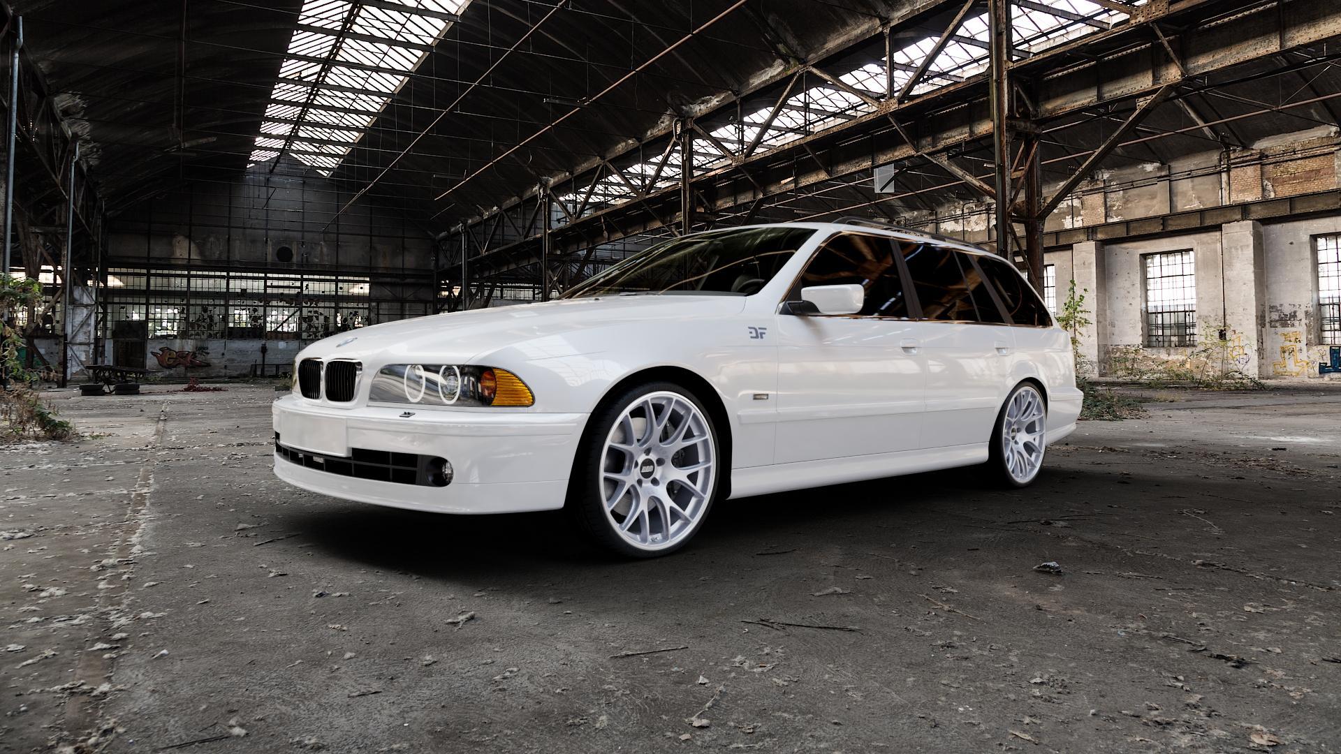 BBS CH-R titan matt Felge mit Reifen grau in 20Zoll Winterfelge Alufelge auf weissem BMW 520i Typ E39 (Limousine) 523i 525i 528i 530i 520d 525tds 530d 525d (Touring) 535i 540i 525td ⬇️ mit 15mm Tieferlegung ⬇️ Industriehalle 1 Camera_000