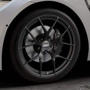 BBS FI-R schwarz matt Felge mit Reifen in 19Zoll Winterfelge Alufelge auf silbernem BMW M4 Typ F82 GTS 3,0l 368kW (500 PS) ⬇️ mit 15mm Tieferlegung ⬇️ Industriehalle 1 Thumbnail