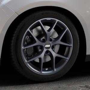 BBS SR himalaya-grau matt Felge mit Reifen in 17Zoll Winterfelge Alufelge auf silbernem Ford Focus III Typ DYB Facelift (Schrägheck) ⬇️ mit 15mm Tieferlegung ⬇️ Industriehalle 1 Thumbnail