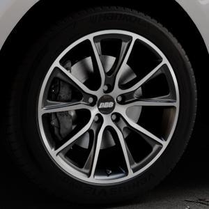 BBS SV schwarz diamantgedreht matt Felge mit Reifen silber mehrfarbig in 20Zoll Alufelge auf silbernem Jaguar F-Pace Typ DC ⬇️ mit 15mm Tieferlegung ⬇️ Industriehalle 1 Thumbnail
