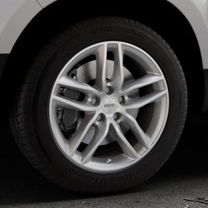 BBS SX brillantsilber Felge mit Reifen in 17Zoll Winterfelge Alufelge auf silbernem Dacia Duster Typ SD ⬇️ mit 15mm Tieferlegung ⬇️ Industriehalle 1 Thumbnail