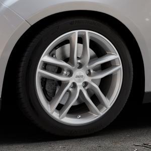 BBS SX brillantsilber Felge mit Reifen in 17Zoll Winterfelge Alufelge auf silbernem Ford Focus III Typ DYB Facelift (Schrägheck) ⬇️ mit 15mm Tieferlegung ⬇️ Industriehalle 1 Thumbnail