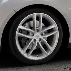 BBS SX brillantsilber Felge mit Reifen in 18Zoll Winterfelge Alufelge auf silbernem Ford Focus III Typ DYB Facelift (Turnier) ⬇️ mit 15mm Tieferlegung ⬇️ Industriehalle 1 Thumbnail