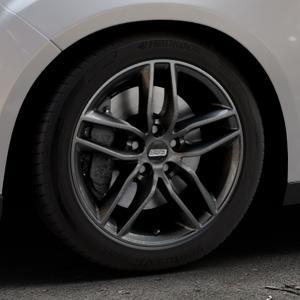 BBS SX kristall-schwarz Felge mit Reifen in 17Zoll Winterfelge Alufelge auf silbernem Ford Focus III Typ DYB Facelift (Schrägheck) ⬇️ mit 15mm Tieferlegung ⬇️ Industriehalle 1 Thumbnail
