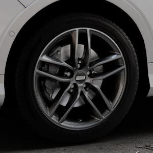BBS SX kristall-schwarz Felge mit Reifen in 18Zoll Winterfelge Alufelge auf silbernem Ford Kuga II Facelift (15->) (17->) ⬇️ mit 15mm Tieferlegung ⬇️ Industriehalle 1 Thumbnail