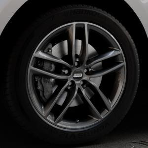 BBS SX kristall-schwarz Felge mit Reifen in 20Zoll Winterfelge Alufelge auf silbernem Jaguar F-Pace Typ DC ⬇️ mit 15mm Tieferlegung ⬇️ Industriehalle 1 Thumbnail