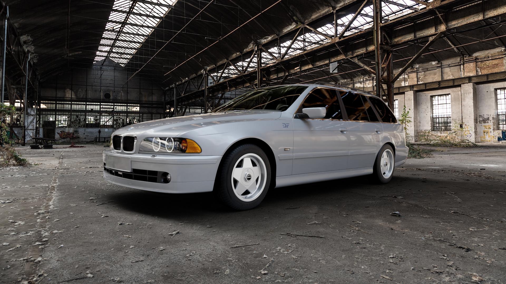 Borbet A silver polished Felge mit Reifen silber in 16Zoll Alufelge auf silbernem BMW 520i Typ E39 (Limousine) 523i 525i 528i 530i 520d 525tds 530d 525d (Touring) 535i 540i 525td ⬇️ mit 15mm Tieferlegung ⬇️ Industriehalle 1 Camera_000