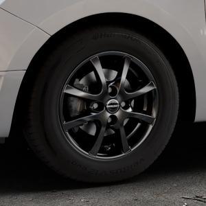 Borbet LV4 black glossy Felge mit Reifen schwarz in 14Zoll Winterfelge Alufelge auf silbernem Dacia Logan II Typ SD ⬇️ mit 15mm Tieferlegung ⬇️ Industriehalle 1 Thumbnail