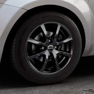 Borbet LV4 black glossy Felge mit Reifen schwarz in 15Zoll Winterfelge Alufelge auf silbernem Alfa Romeo Mito Typ 955 ⬇️ mit 15mm Tieferlegung ⬇️ Industriehalle 1 Thumbnail
