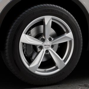 Borbet S brilliant silver Felge mit Reifen silber in 18Zoll Winterfelge Alufelge auf silbernem Volvo XC40 Typ X ⬇️ mit 15mm Tieferlegung ⬇️ Industriehalle 1 Thumbnail