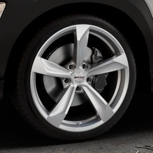Borbet S brilliant silver Felge mit Reifen silber in 19Zoll Winterfelge Alufelge auf silbernem Hyundai Kona Typ OS ⬇️ mit 15mm Tieferlegung ⬇️ Industriehalle 1 Thumbnail