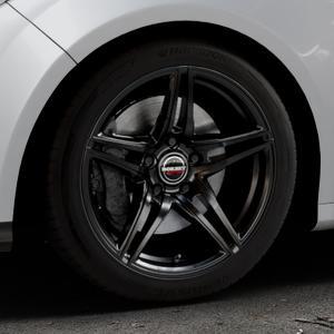 Borbet XRT black glossy Felge mit Reifen schwarz in 17Zoll Winterfelge Alufelge auf silbernem Ford Focus III Typ DYB (Schrägheck) (Stufenheck) Facelift ⬇️ mit 15mm Tieferlegung ⬇️ Industriehalle 1 Thumbnail