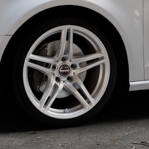 Borbet XRT brilliant silver Felge mit Reifen silber in 18Zoll Winterfelge Alufelge auf silbernem Audi A3 Typ 8V ⬇️ mit 15mm Tieferlegung ⬇️ Industriehalle 1 Thumbnail
