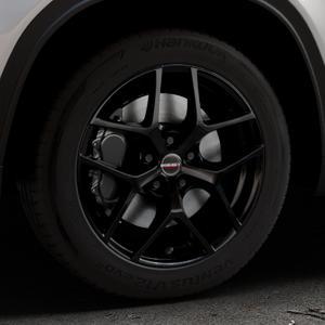 Borbet Y black glossy Felge mit Reifen schwarz in 17Zoll Winterfelge Alufelge auf silbernem Suzuki Vitara Typ LY ⬇️ mit 15mm Tieferlegung ⬇️ Industriehalle 1 Thumbnail