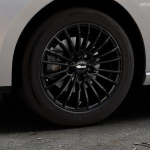 Brock B24 schwarz lackiert Felge mit Reifen in 16Zoll Winterfelge Alufelge auf silbernem Seat Leon Typ 5F ST Facelift ⬇️ mit 15mm Tieferlegung ⬇️ Industriehalle 1 Thumbnail
