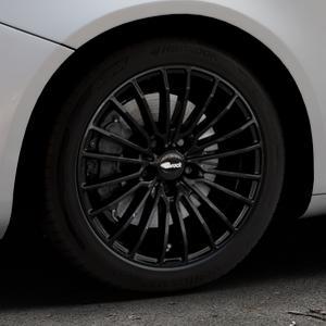 Brock B24 schwarz lackiert Felge mit Reifen in 17Zoll Winterfelge Alufelge auf silbernem Alfa Romeo Giulietta Typ 940 ⬇️ mit 15mm Tieferlegung ⬇️ Industriehalle 1 Thumbnail