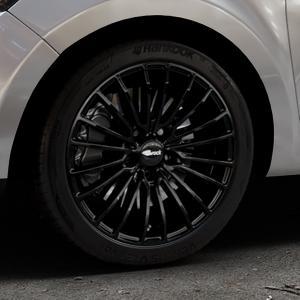 Brock B24 schwarz lackiert Felge mit Reifen in 17Zoll Winterfelge Alufelge auf silbernem Renault Clio IV Typ R Facelift ⬇️ mit 15mm Tieferlegung ⬇️ Industriehalle 1 Thumbnail