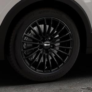 Brock B24 schwarz lackiert Felge mit Reifen in 17Zoll Winterfelge Alufelge auf silbernem Volkswagen (VW) T-Cross ⬇️ mit 15mm Tieferlegung ⬇️ Industriehalle 1 Thumbnail
