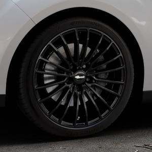 Brock B24 schwarz lackiert Felge mit Reifen in 18Zoll Winterfelge Alufelge auf silbernem Ford C-Max II Typ DXA (10->) ⬇️ mit 15mm Tieferlegung ⬇️ Industriehalle 1 Thumbnail
