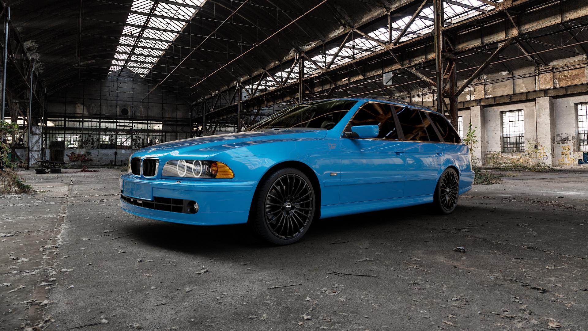 Brock B24 schwarz lackiert Felge mit Reifen in 19Zoll Winterfelge Alufelge auf hellblau BMW 520i Typ E39 (Limousine) 523i 525i 528i 530i 520d 525tds 530d 525d (Touring) 535i 540i 525td ⬇️ mit 15mm Tieferlegung ⬇️ Industriehalle 1 Camera_000