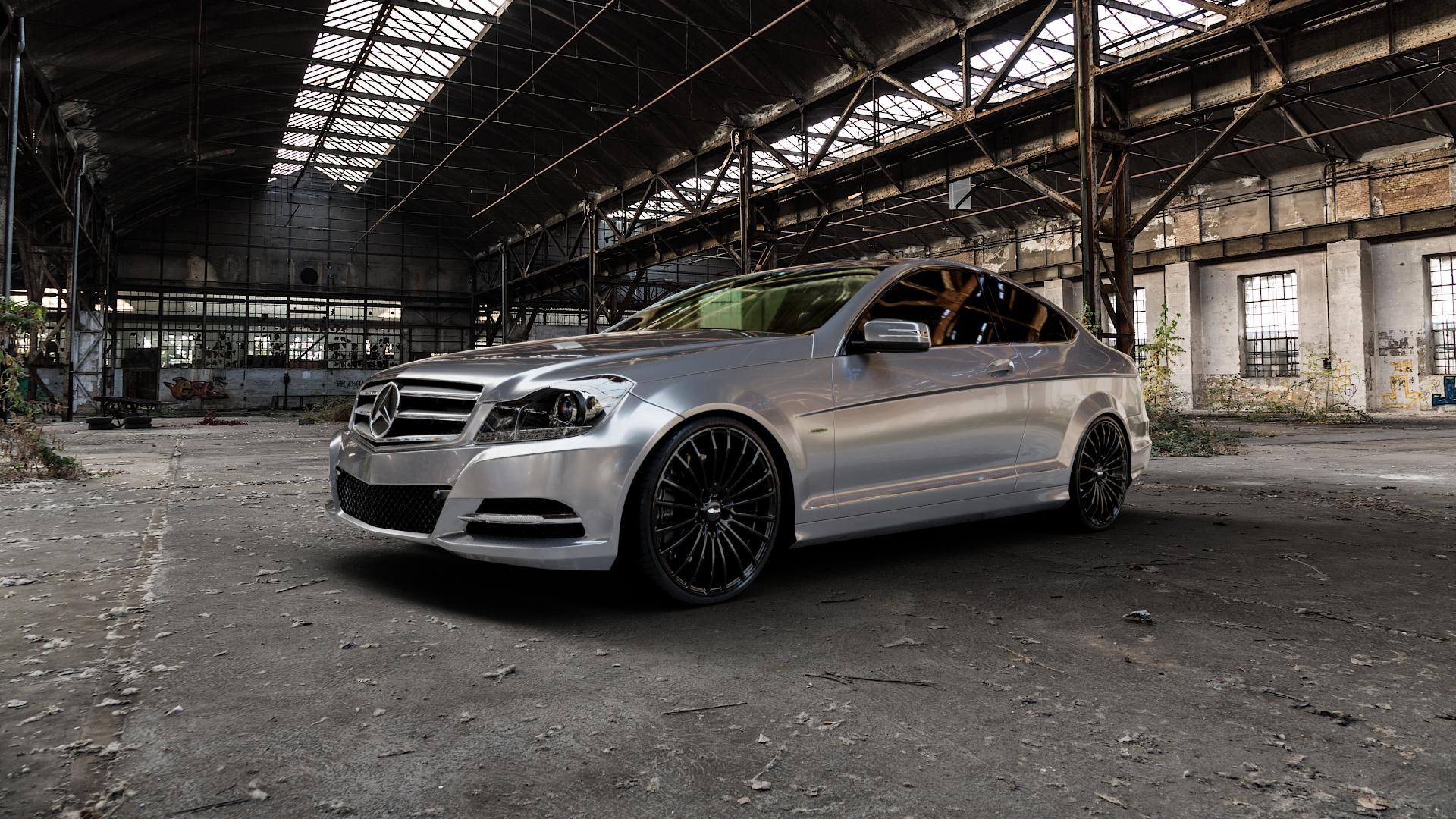 Brock B24 schwarz lackiert Felge mit Reifen in 20Zoll Winterfelge Alufelge auf silbernem Mercedes C-Klasse Typ C204 Coupe ⬇️ mit 15mm Tieferlegung ⬇️ Industriehalle 1 Camera_000
