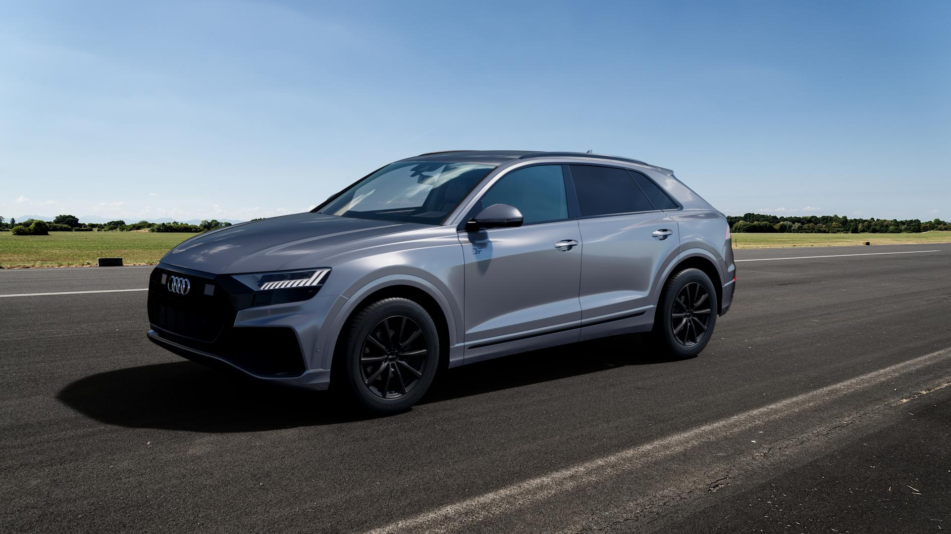 Brock B32 schwarz-matt lackiert Felge mit Reifen in 19Zoll Winterfelge Alufelge auf silbernem Audi Q8 Typ 4M (4L) ⬇️ mit 15mm Tieferlegung ⬇️ Big_Vehicle_Airstrip_1 Frontansicht_1