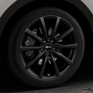 Brock B32 schwarz-matt lackiert Felge mit Reifen in 19Zoll Winterfelge Alufelge auf silbernem Kia Sportage IV Typ QL QLE ⬇️ mit 15mm Tieferlegung ⬇️ Industriehalle 1 Thumbnail