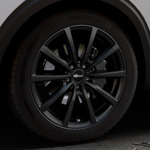 Brock B32 schwarz-matt lackiert Felge mit Reifen in 19Zoll Winterfelge Alufelge auf silbernem Peugeot 5008 Typ M ⬇️ mit 15mm Tieferlegung ⬇️ Industriehalle 1 Thumbnail