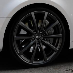 Brock B32 schwarz-matt lackiert Felge mit Reifen in 20Zoll Winterfelge Alufelge auf silbernem Audi A4 Typ B9 (Limousine) ⬇️ mit 15mm Tieferlegung ⬇️ Industriehalle 1 Thumbnail