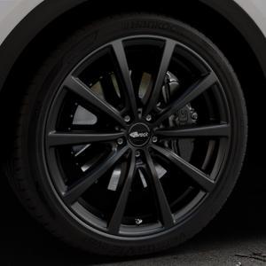 Brock B32 schwarz-matt lackiert Felge mit Reifen in 21Zoll Winterfelge Alufelge auf silbernem Audi Q5 II Typ FY ⬇️ mit 15mm Tieferlegung ⬇️ Industriehalle 1 Thumbnail