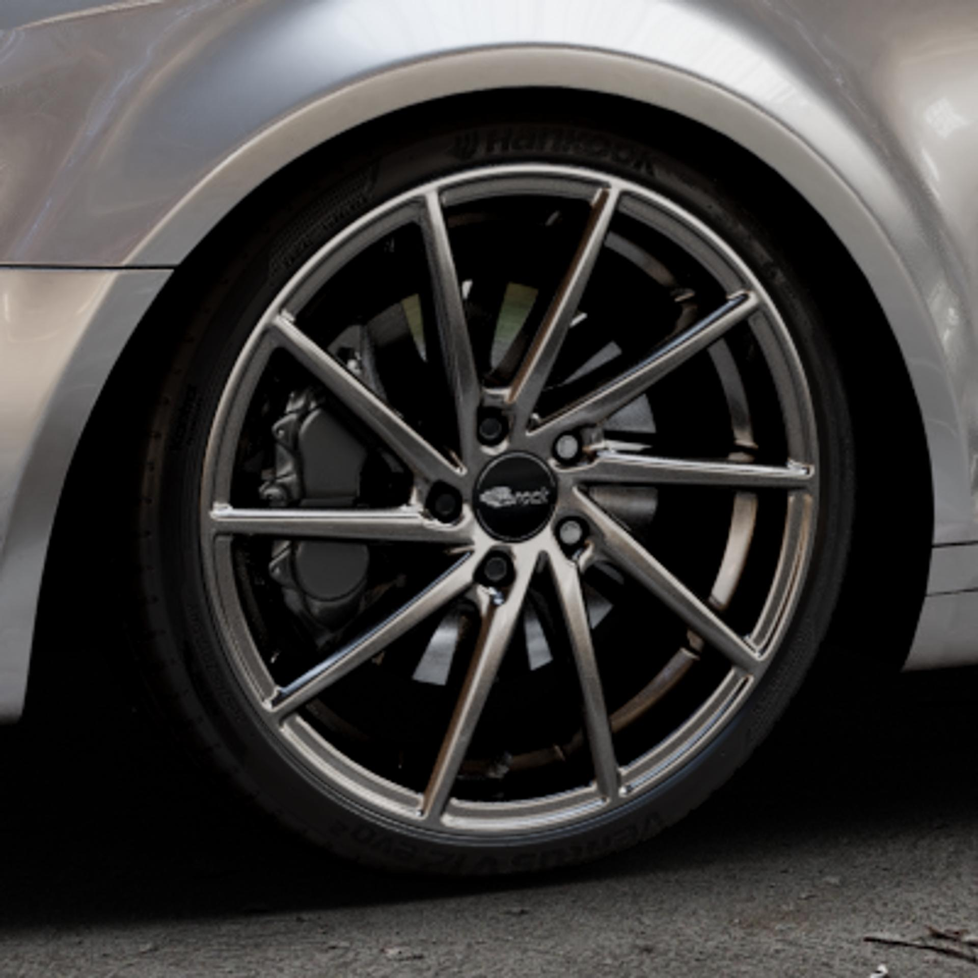 Brock B37 dark-sparkle lackiert Felge mit Reifen grau in 19Zoll Winterfelge Alufelge auf silbernem Audi A3 Typ 8P (Sportback) 1,6l 75kW (102 PS) 2,0l FSI 110kW (150 1,9l TDI 77kW (105 103kW (140 TFSI 147kW (200 85kW (116 100kW (136 1,8l 118kW (160 125kW (170 1,4l 92kW (125 120kW (163 quattro 3,2l V6 184kW (250 S3 195kW (265 1,2l 66kW (90