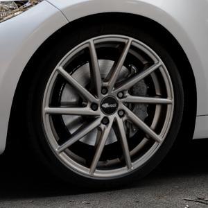 Brock B37 dark-sparkle lackiert Felge mit Reifen grau in 19Zoll Winterfelge Alufelge auf silbernem BMW M2 Typ F87 ⬇️ mit 15mm Tieferlegung ⬇️ Industriehalle 1 Thumbnail
