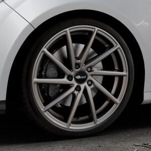 Brock B37 dark-sparkle lackiert Felge mit Reifen grau in 19Zoll Winterfelge Alufelge auf silbernem Ford Focus III Typ DYB (Schrägheck) (Stufenheck) Facelift ⬇️ mit 15mm Tieferlegung ⬇️ Industriehalle 1 Thumbnail