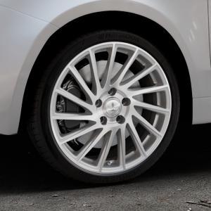 Brock B39 ferric-grey front-poliert Felge mit Reifen grau in 17Zoll Alufelge auf silbernem Fiat 500 Typ 312 Cabrio Facelift ⬇️ mit 15mm Tieferlegung ⬇️ Industriehalle 1 Thumbnail