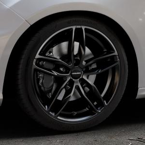 CARMANI 13 Twinmax black Felge mit Reifen schwarz in 18Zoll Winterfelge Alufelge auf silbernem Ford Focus III Typ DYB Facelift (Schrägheck) 2,3l EcoBoost 257kW RS (349 PS) ⬇️ mit 15mm Tieferlegung ⬇️ Industriehalle 1 Thumbnail