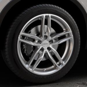 CARMANI 13 Twinmax bright silver Felge mit Reifen silber in 19Zoll Winterfelge Alufelge auf silbernem Volvo XC40 Typ X ⬇️ mit 15mm Tieferlegung ⬇️ Industriehalle 1 Thumbnail